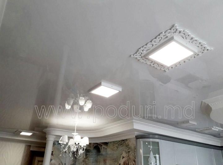 Полупрозрачный французский потолок