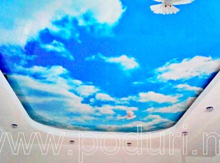 Фотопечать на потолке голубое небо