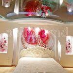 Натяжная стена с фотопечатью в спальне